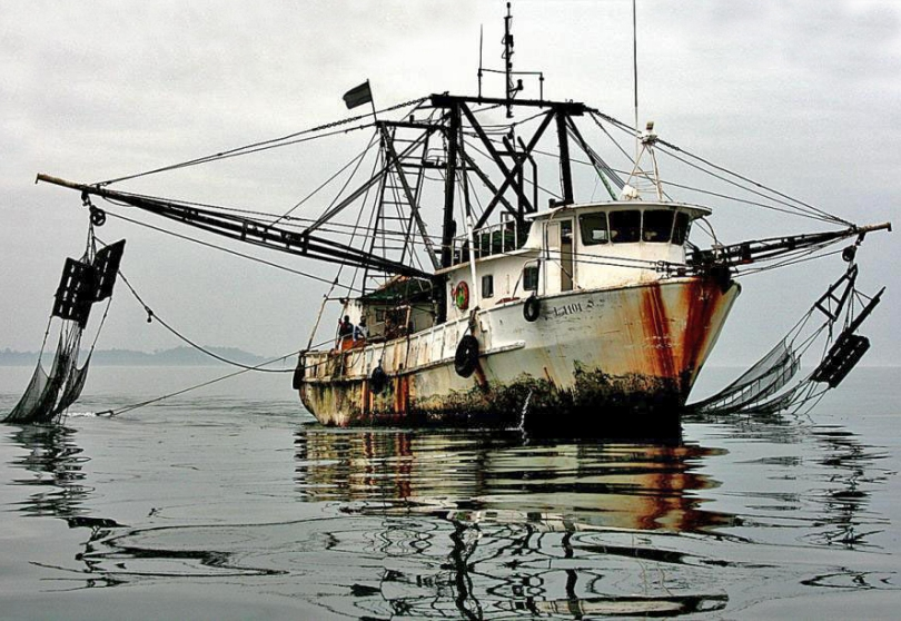 IUU Fishing vessel from Gabon. Photo by the National Oceanographic and Atmospheric Administration (NOAA).  Source: http://denstormerpresents.com/2013/01/16/top-10-countries-involved-in-illegal-unreported-and-unregulated-fishing/